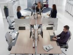 praca-zespolowa-w-biurze-2